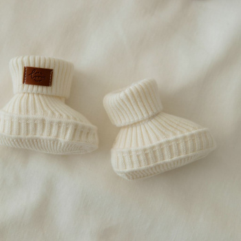 Wale pattern baby shoes Milky