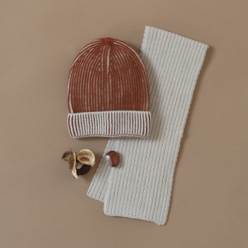 Wale pattern two-color merino wool hat Cashew/ginger